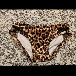 Rad Polewear velvet leopard shorts!